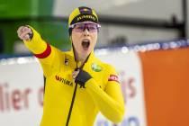 Antoinette de Jong en Ireen Wüst pakken WK-tickets op 1.500 meter
