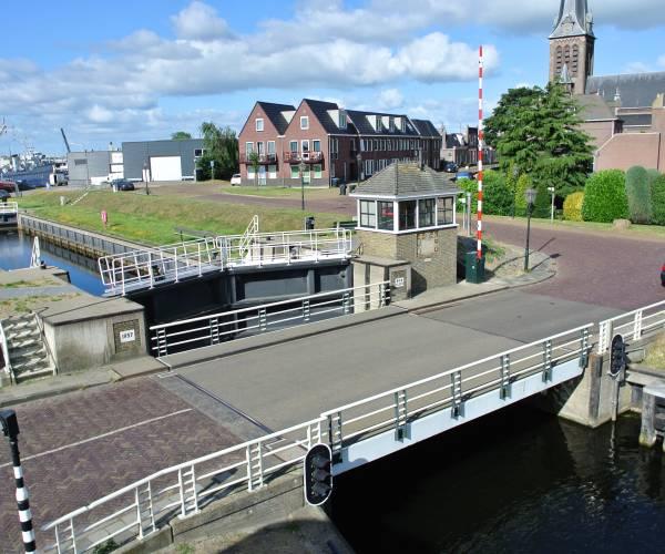 De Riensluisbrug in Lemmer vanaf 8 februari afgesloten