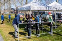 FOTO'S / Fieldlabtest skeeleren zorgt voor blije jeugd in Heerenveen