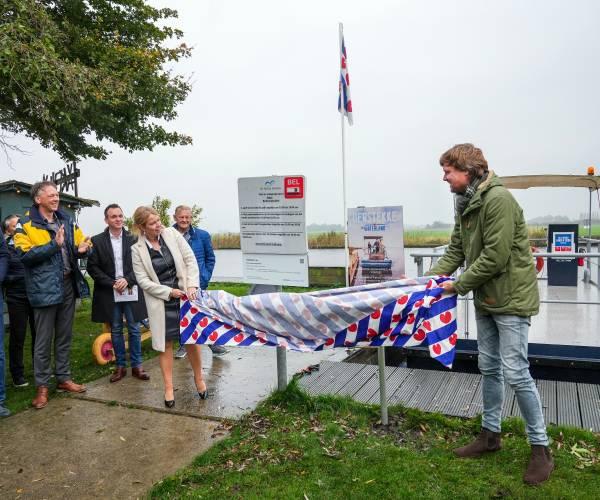 Pontjes in Zuidwest Friesland varen langer door, toeristenseizoen verlengd