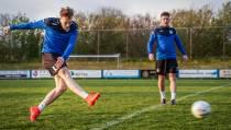 VV Balk zoekt weer voetbalschoenen voor asielzoekers: