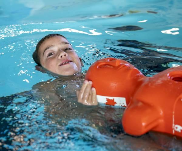 Niet genoeg oefenwater voor zwembrigade Lemmer, lessen vervallen