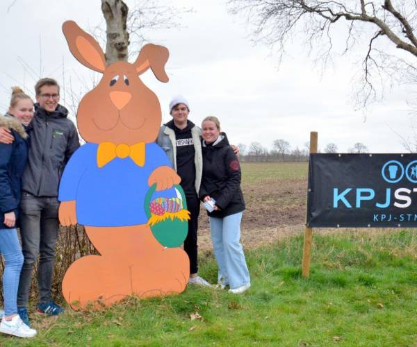 FOTO'S / Trappen en happen met de KPJ Sint Nyk op paaszondag