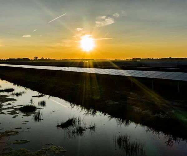 Aanleg zonnepark bij Lemmer gestart