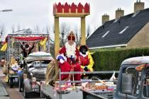 VIDEO/ Sinterklaas groet Balk coronaproof