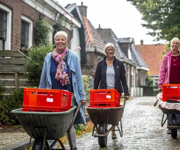 De Sutelaksjes binne wer los: it Fryske boek hûs oan hûs!