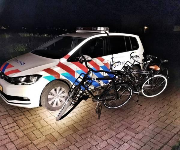 Politie neemt fietsen vandalisten in beslag
