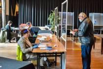FOTO'S / Historische Tweede Kamerverkiezingen: ,,Mag ik het potlood niet houden?!''