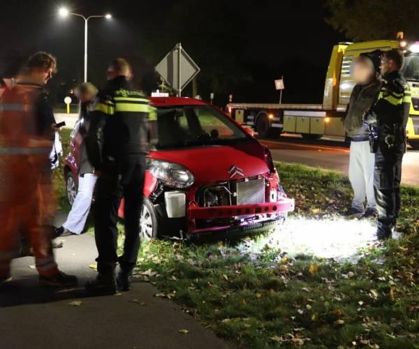 Auto's botsen op Plattedijk in Lemmer