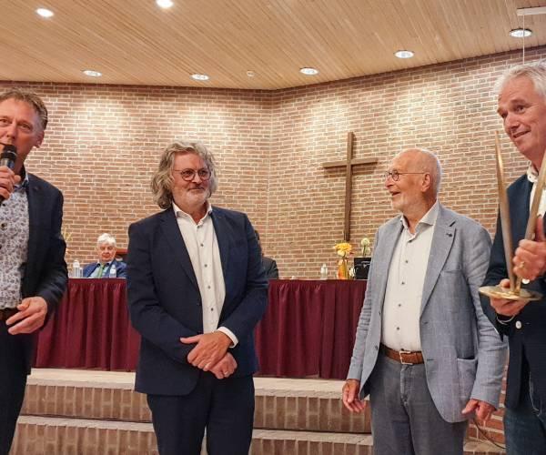 Lemster Slûs wint verkiezing mooiste monument De Fryske Marren