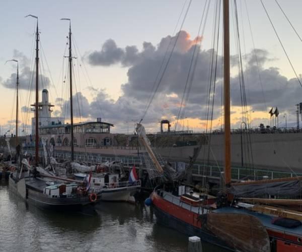 Half miljoen subsidie voor bezoek scholen aan Friese accommodaties en bruine vloot