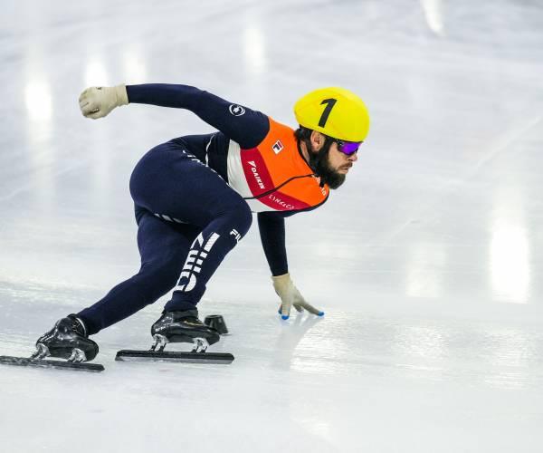 Goud voor Schulting op 1.000 meter, relayploegen met Knegt en Van 't Wout ook in de medailles
