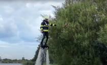 Gaat brandweer Fryslân incidenten bestrijden met een Flyboard? (video)