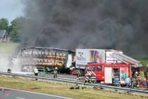 UPDATE Ongeval A6: snelweg waarschijnlijk nog tot zaterdagochtend dicht