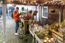 Dan maar bloemen buiten verkopen, Hema en Action alsnog dicht